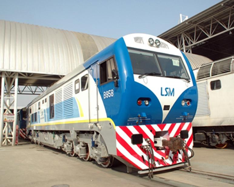 阿根廷SDD7型内然机车