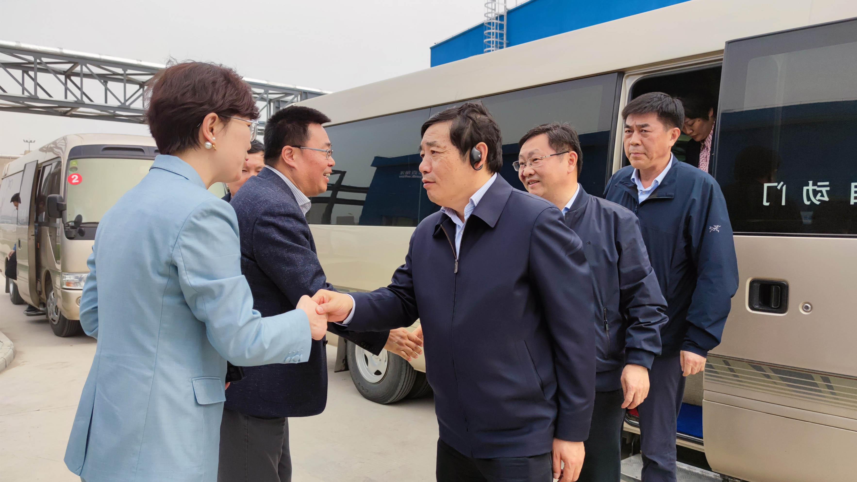 滁州市领导考察全椒西甲直播表威泽工业西甲直播在线直播观看有限公司